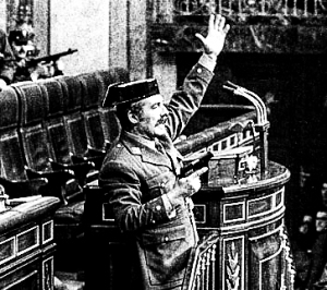 Fototeca Sol Reemplazar ANTONIO MAURA Y MONTANER (1853-1925). POLITICO ESPA—OL QUE FUE MINISTRO DE ULTRAMAR, DE GRACIA Y JUSTICIA. SE PASO AL PARTIDO CONSERVADOR SIENDO MINISTRO DE LA GOBERNACION EN VARIAS OCASIONES. EN LA FOTO MAURA DURANTE UN MITIN CELEBRADO EN LA PLAZA DE TOROS DE MADRID EL 29-4-1917. EFE.